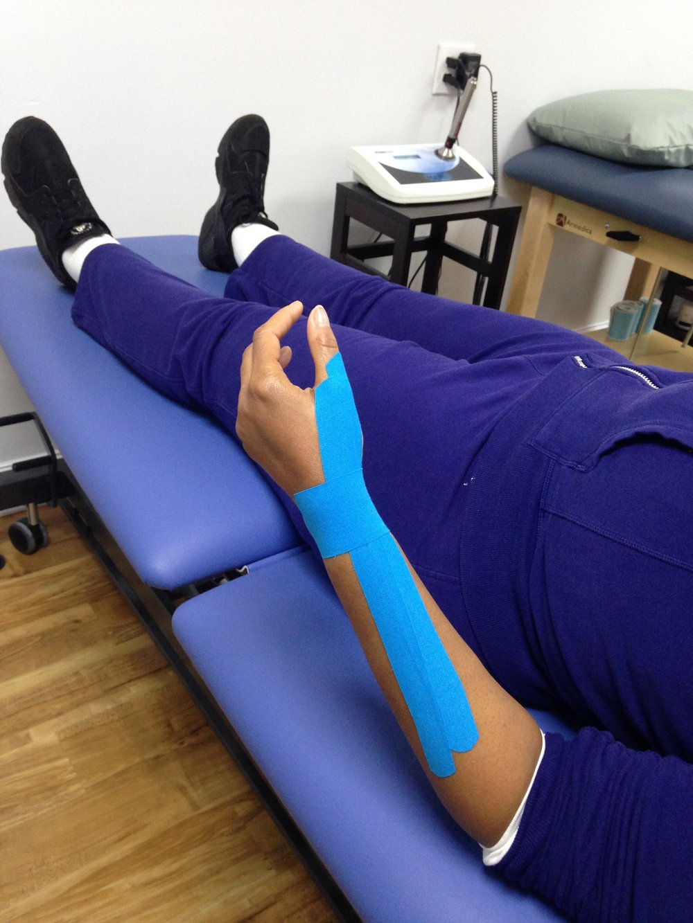 img Kinesio Taping for Tenosynovitis