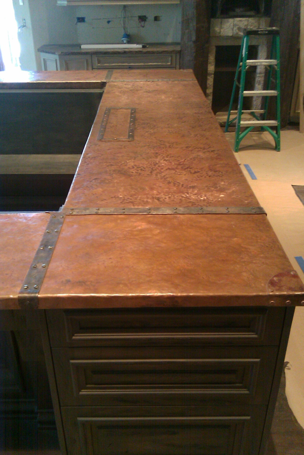hammered copper top.jpg