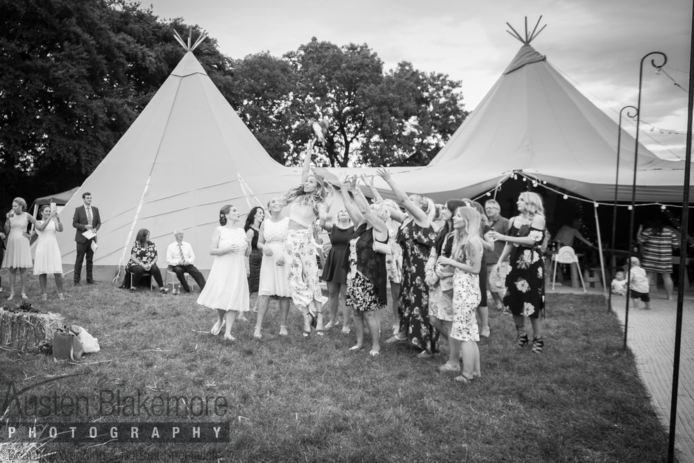 Tipi Wedding-5.jpg
