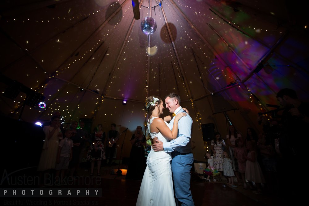 Tipi Wedding-10.jpg