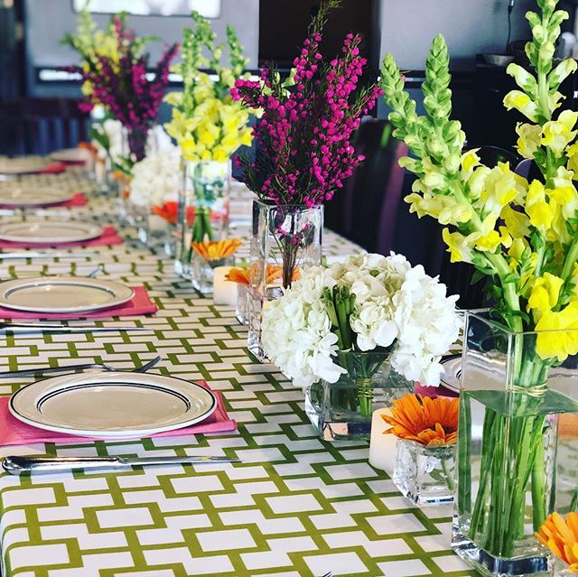 With spring in full swing and Easter this weekend, we thought this palette worked perfectly! It's modern, light and fun! #tablescape #centerpieces #floraldesign #renoevents #vipdinner