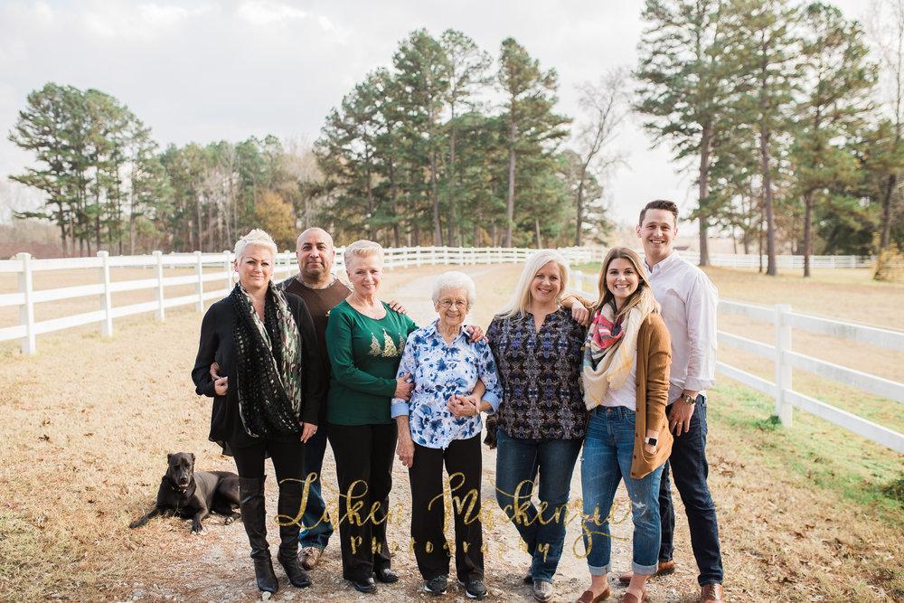 Chapman Extended Family 2016 (80 of 180).jpg
