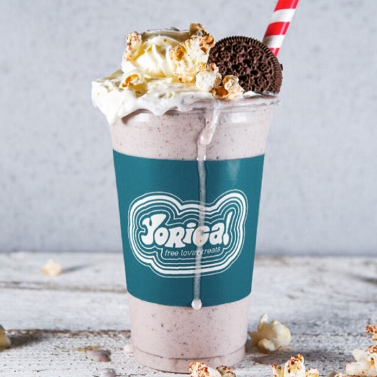 Cookies & cream shake (Image: @yoricamoments)