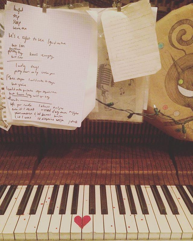 Tonight's office and elliott smith's inspirational lyrics 🍭🙌🏻
