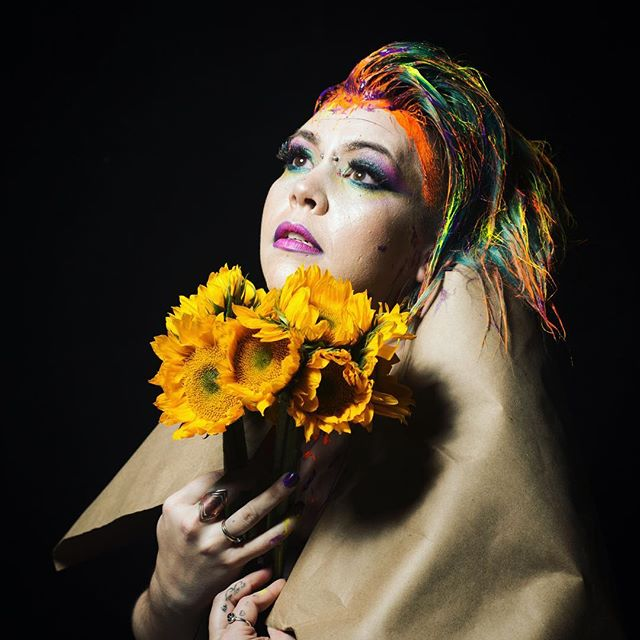 Always dreaming, always hopeful, always myself. This shot taken by @nunnally_rawson is me in the purest form. Holding onto flowers that give love from light, and dipping into my ever-changing fun enhanced hair, wrapped in simplicity. You all are why I am here, I promise to continue writing music for the world. | makeup by @imnotcourtney #priscamusic #atlgoespop ❤️ see you tonight at the show