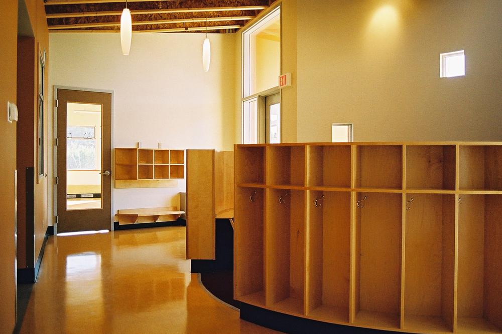 7 - Interior.jpg