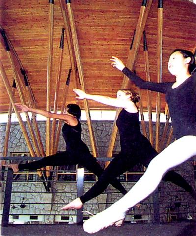 3 - Dancers.jpg
