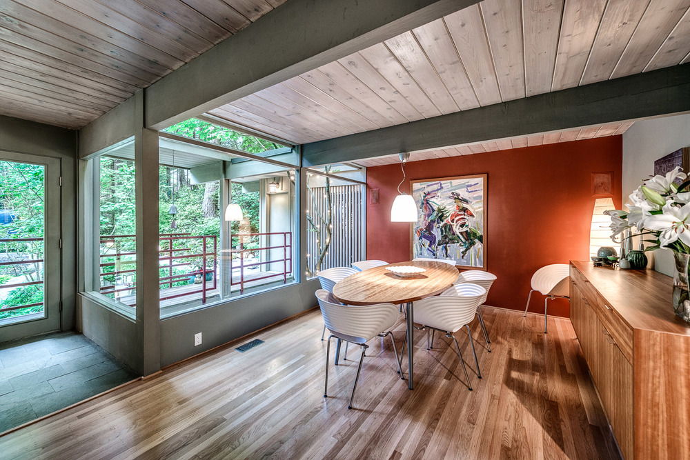 4301-Woodcrest-Road-West-Vancouver-360hometours-27s.jpg