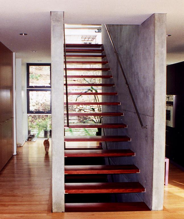 6 - Stair.jpg