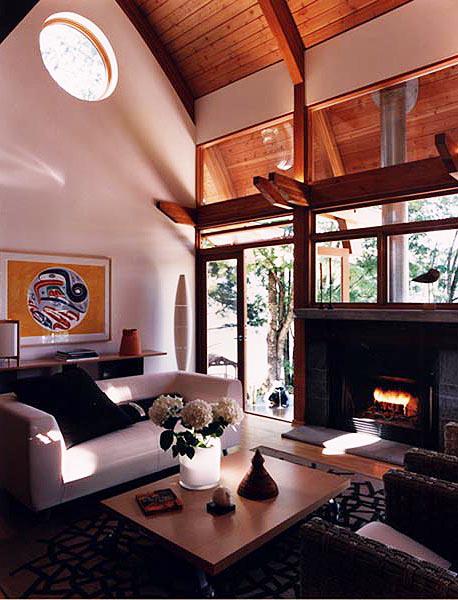 2 - Interior.jpg