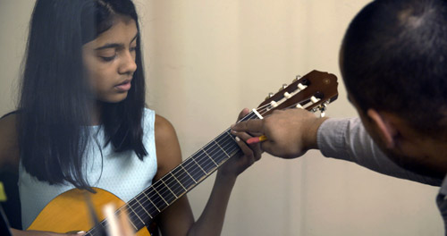 guitar-student-02.jpg