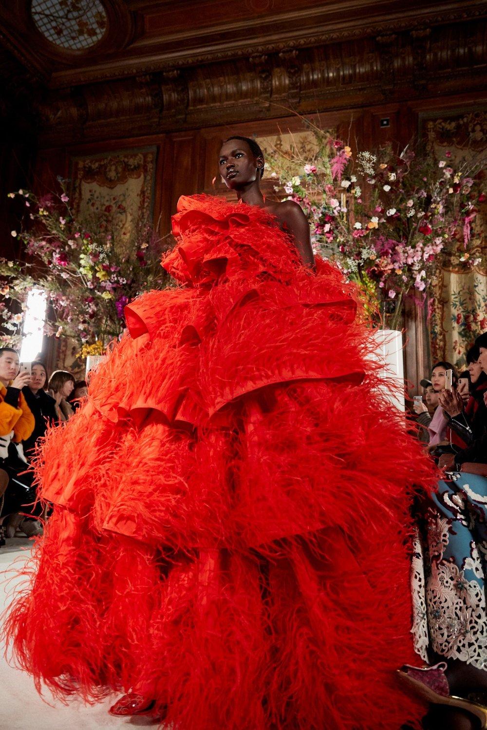 Couture-slide-SBNT-superJumbo[1].jpg
