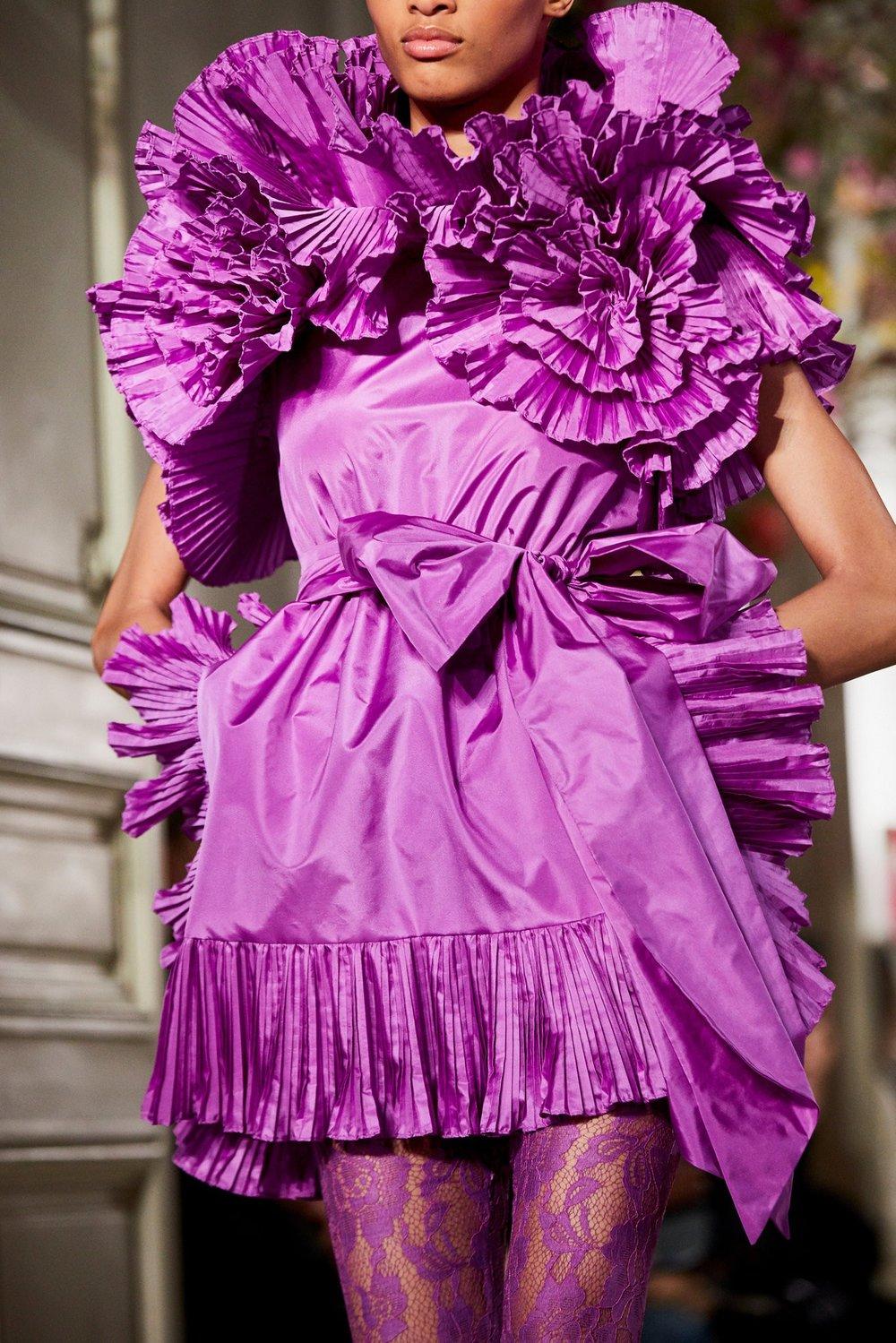 Couture-slide-MJ7N-superJumbo[1].jpg