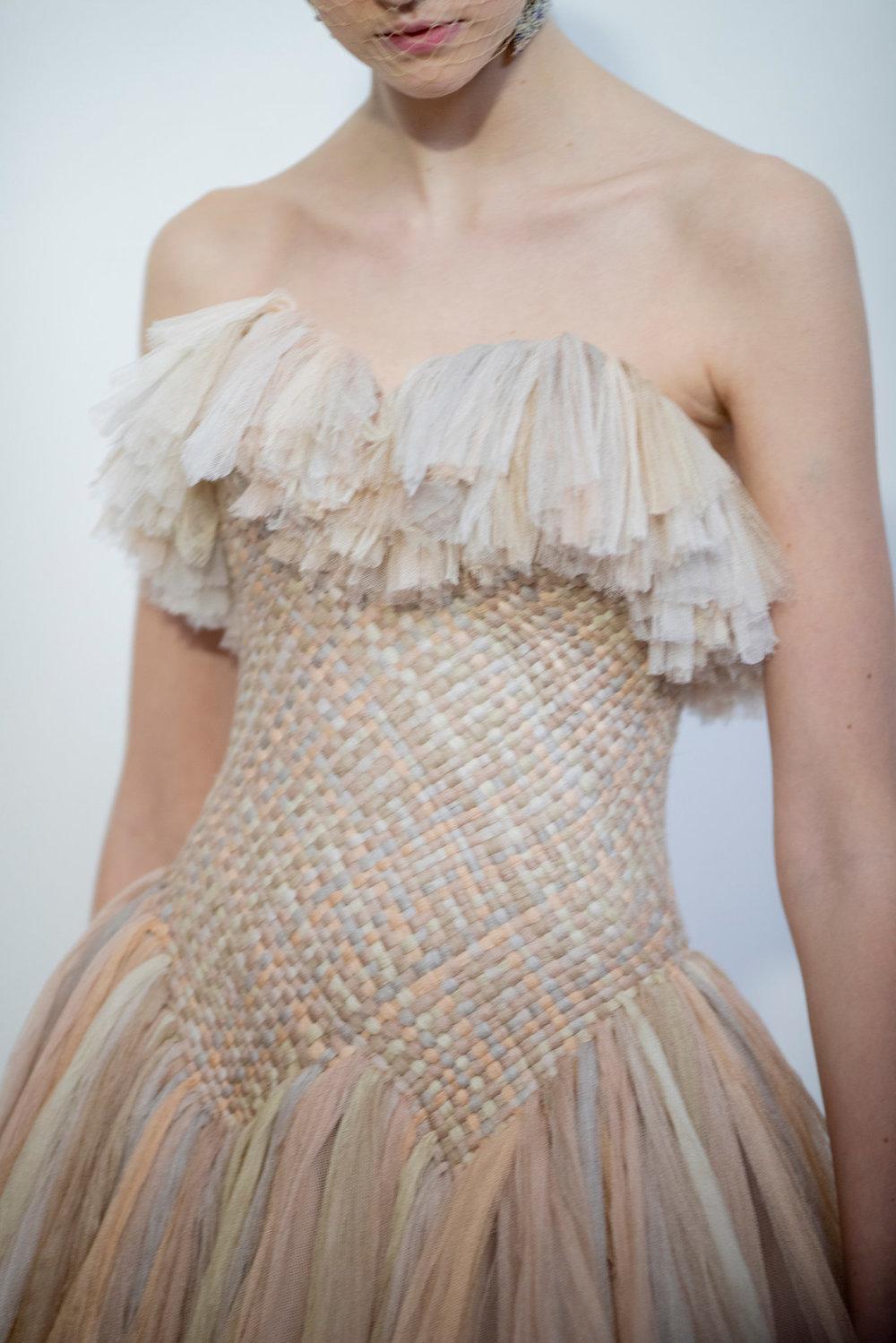 Couture-slide-6YIN-superJumbo[1].jpg