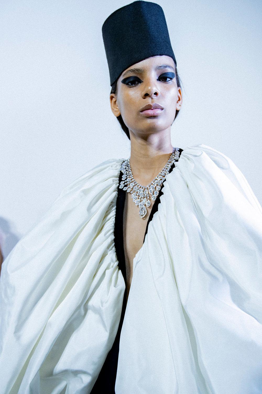 Couture-slide-7AFI-superJumbo[1].jpg
