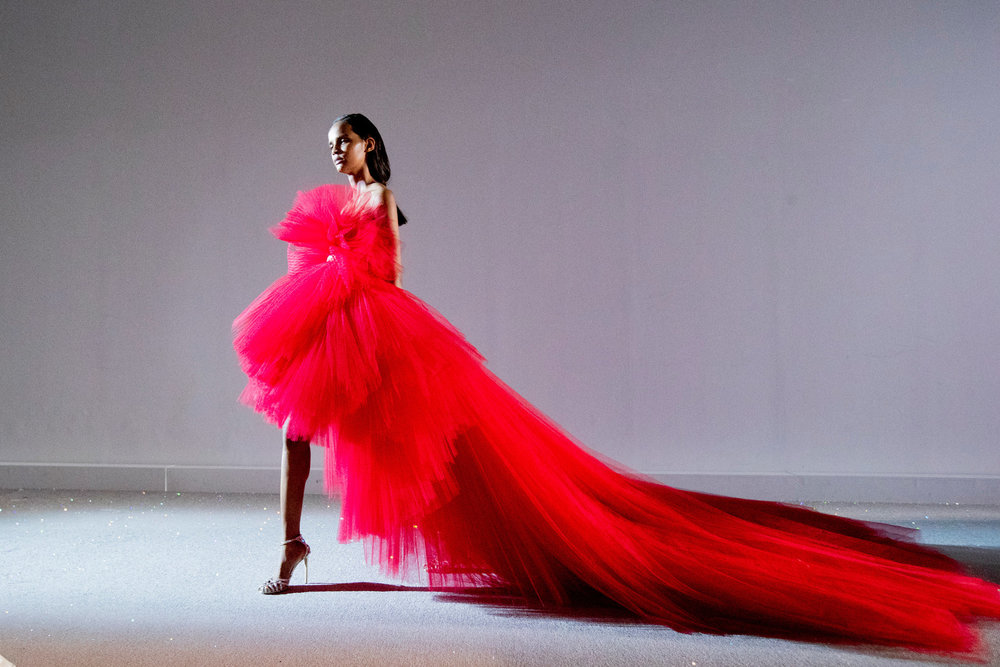 Couture-slide-4BE9-superJumbo[1].jpg