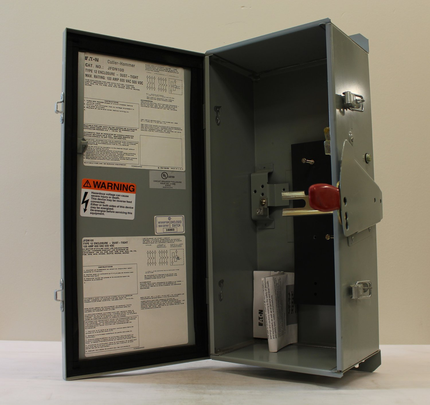 Electrical Surplus Distribution Llc Have A E Mail Us At Info Enclosed Circuit Breaker Enclosure Additional Nema 12 For Series C Breakers