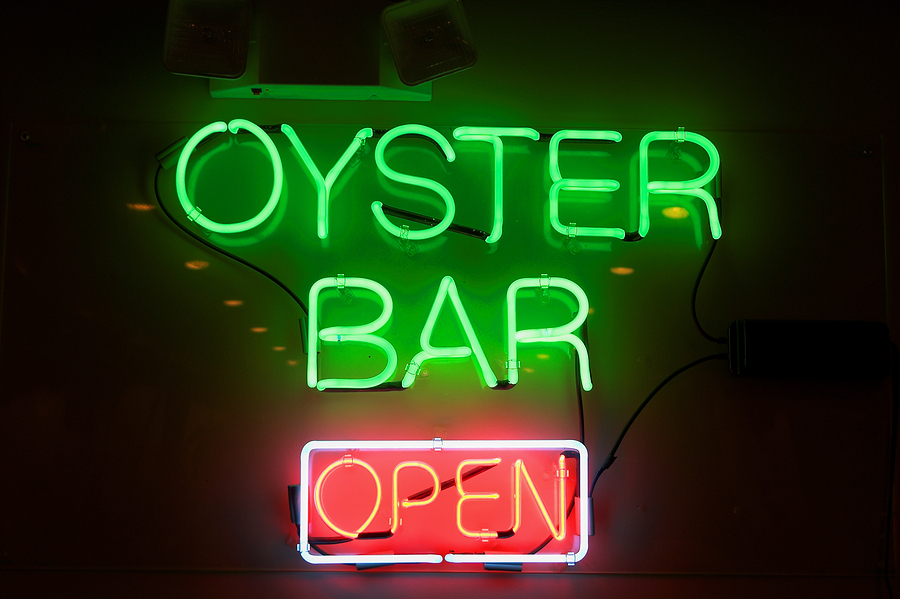 bigstock-Oyster-Bar-Neon-Sign-1428868