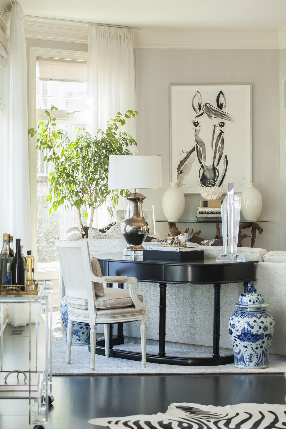 Thank you so much to Dering Hall one of the Premier sites for Interior Designers for featuring some of my work!                        Photography by Neil Landino