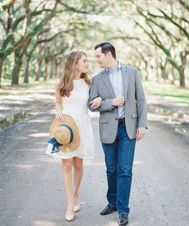 This warm, spring – like weather has me so excited about all the events coming up this spring! I've been reminiscing about all the beautiful engagement sessions and weddings last year! Savannah with these two is definitely a highlight! @hannah.r.roberts #savannah #wormsloe #film #thatsdarling