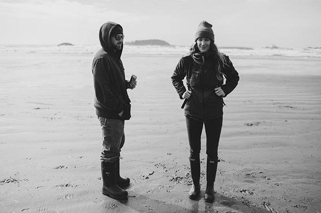 Friends at the beach 🌊 . . #moreofthis #tofinotime #seaside #beachlife
