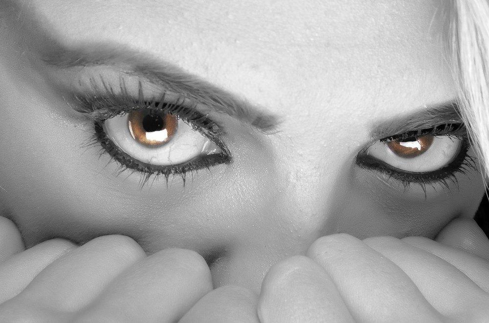 eyes-394175_1280.jpg