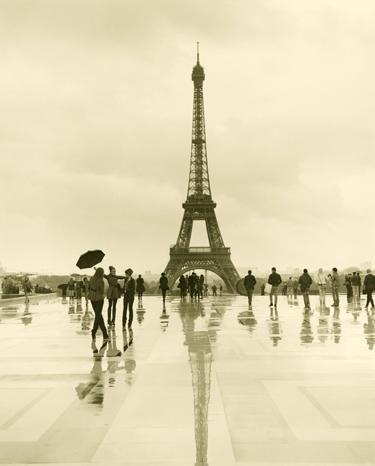 Ax Eiffel Tower with rebate.jpg