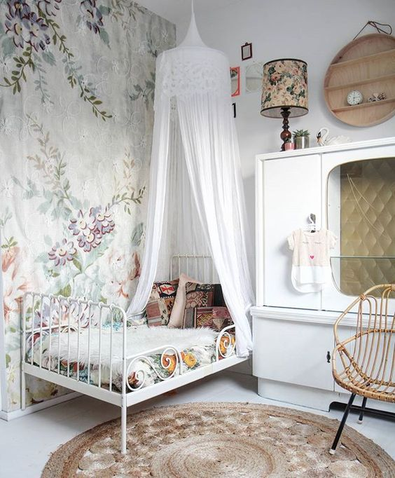 blast from the past marlena design group. Black Bedroom Furniture Sets. Home Design Ideas
