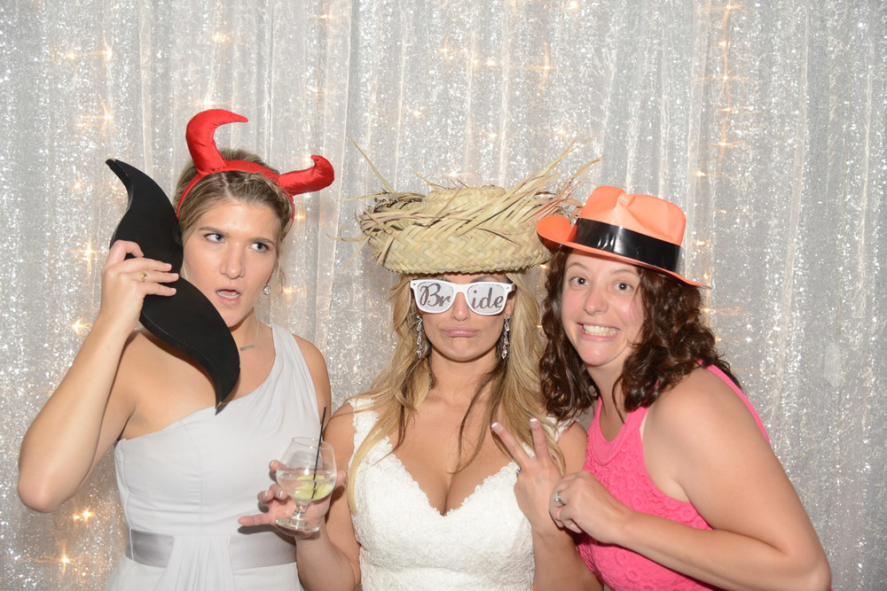 Marina-Photography-weddings-nh-ma-photo-booth-10.jpg