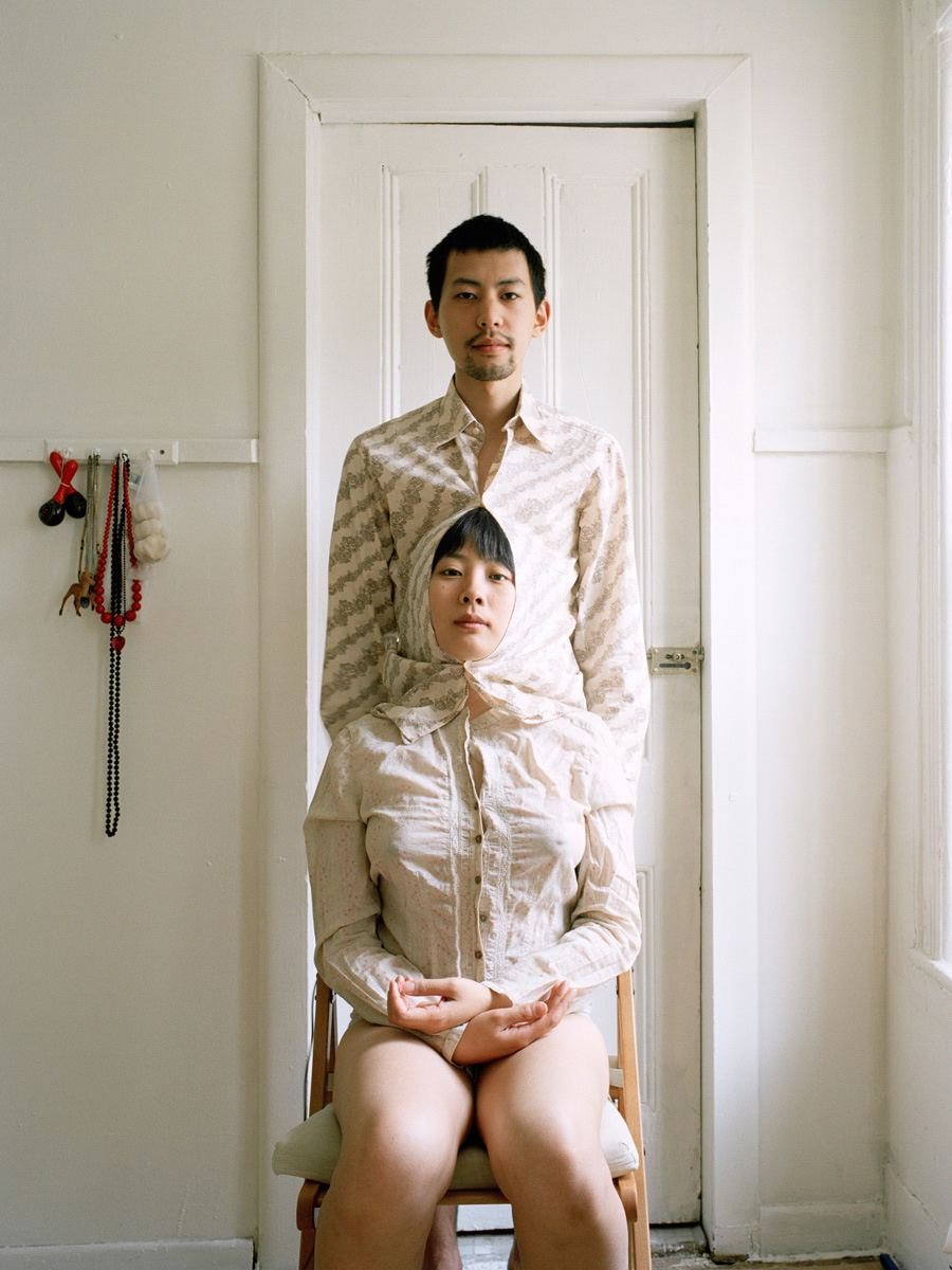 Pixy Liao, Live like siamese twins