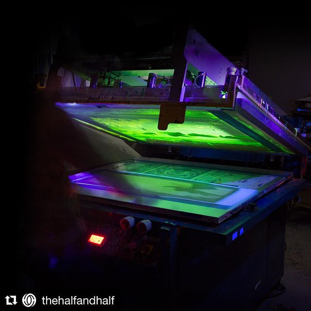 i know it's early, but this is already in contention for the best screen printing shot of 2018 (even though it was taken in 2017 — but keep that quiet, it kills the narrative 😆). glow in the dark ink never looked so good! so don't be afraid of the dark and go follow @thehalfandhalf and marvel at their ridiculously well curated feed! . . #Repost @thehalfandhalf ・・・ Some pictures from a few weeks back when we had to put this glow in the dark layer down for @bottleneckgallery. The layer was way too hard to see without a black light so we turned the lights off and printed with some black lights on the press bed. Much easier! #floodpull #screenprinting #silkscreen . . #screenprinting #screenprint #screenprinted #printmaking #printparty #printspotters #thehalfandhalf #glowinthedarkink #gogadgetgo #blacklight #serigraph #serigraphy #bottleneckgallery #posterprinting #designinspiration #printprocess #thanksjoe #flatstockscreenprinting #twisthebest