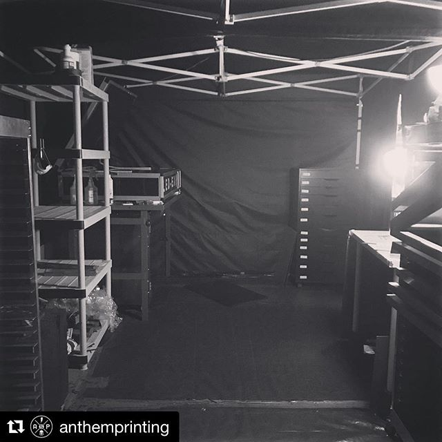 @anthemprinting blew my mind with this approach to a dark room. it looks like an event pop up tent with black fabric walls. no need for an expensive buildout, if you've got a 10'x10' space... you've got enough space for a dedicated tent darkroom! so rad. #floodpull #screenprinting #silkscreen . . #Repost @anthemprinting ・・・ We're back in the Dark Room again 🎶 We're busy getting end of the year orders out and this is definitely the warmest part of the shop by far. Keep those #preburnedscreen orders coming! • AnthemPrintingSF.com • #screenprinting #screenprint #darkroom #exposureunit
