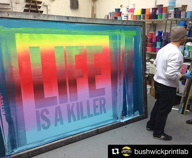 rainbow rolls ALL DAY! @bushwickprintlab never fails to impress and this print has us all 😳😳😳. so damn good. #floodpull #screenprinting #silkscreen . . #Repost @bushwickprintlab ・・・ 🌈 Back at it with John Giorno rainbow rolls this time with the BRT Printshop crew. #Lifeisakiller #johngiorno #BRTprintshop #redhook