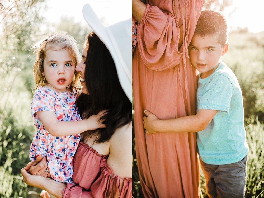 Tanya+ColdLake+MotherhoodSession_0001.jpg