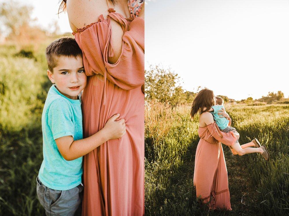 Tanya+ColdLake+MotherhoodSession_0008.jpg