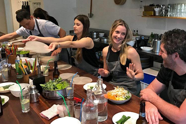 team-building-cooking.jpg