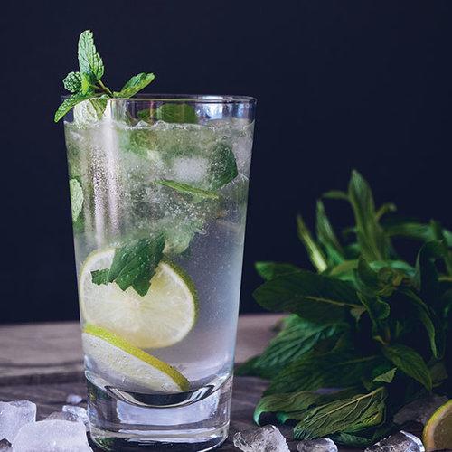 cocktail-class-friends.jpg