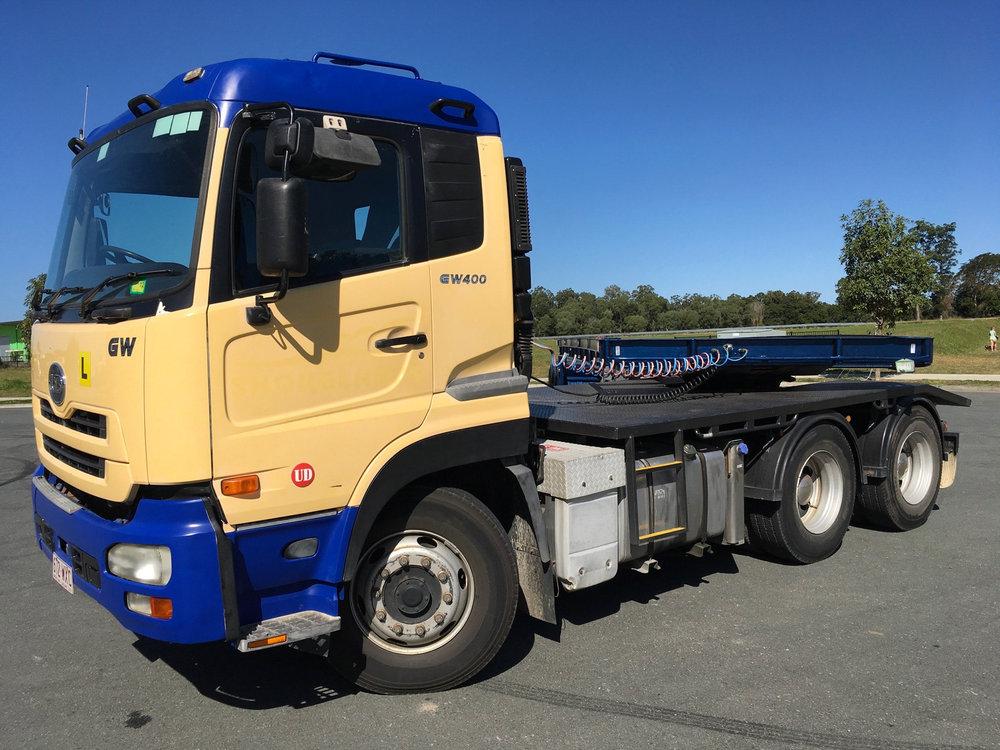 GW400 Nissan UD Truck Brisbane