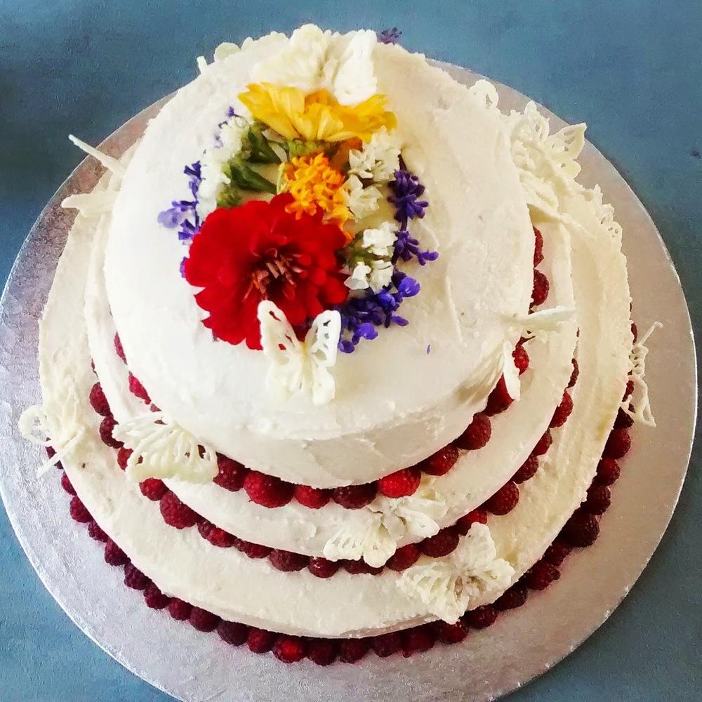 White chocolate and raspberry wedding cake