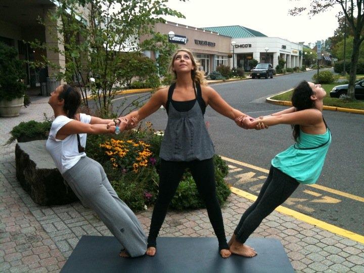 Pictured: Lauren Brunelli Talcott, Lizzy Dela Pena, & me