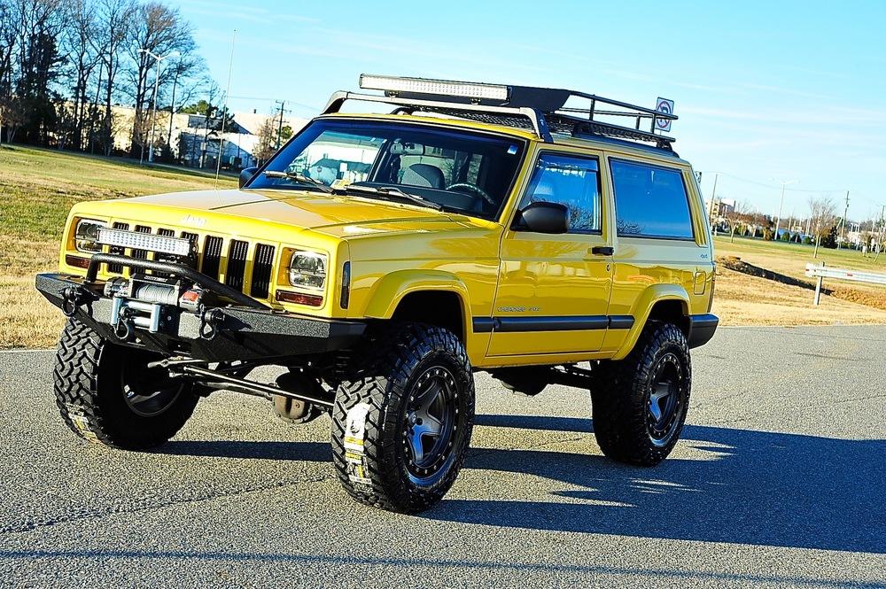 40 Bushwacker Jeep Jk 8 additionally 13 likewise Autos Tuning also Custom Build Cheorkee besides Jeep Srt8 On Velgen Wheels Classic5 101353. on custom cherokee