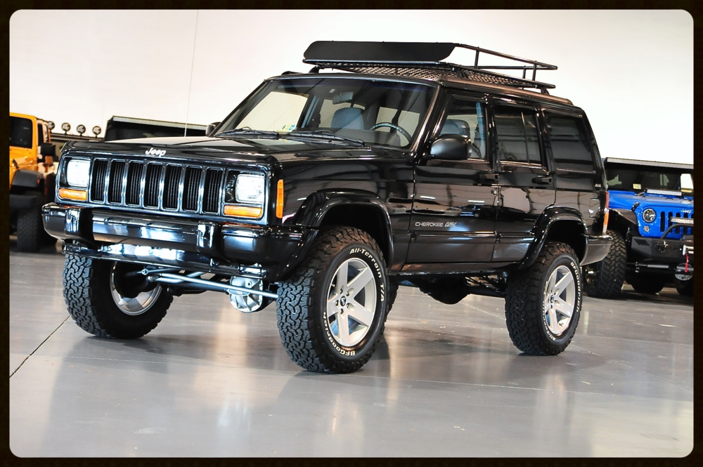 Cherokee Classic with ONLY 58K Original Miles...Click here to see All Photos and Videos
