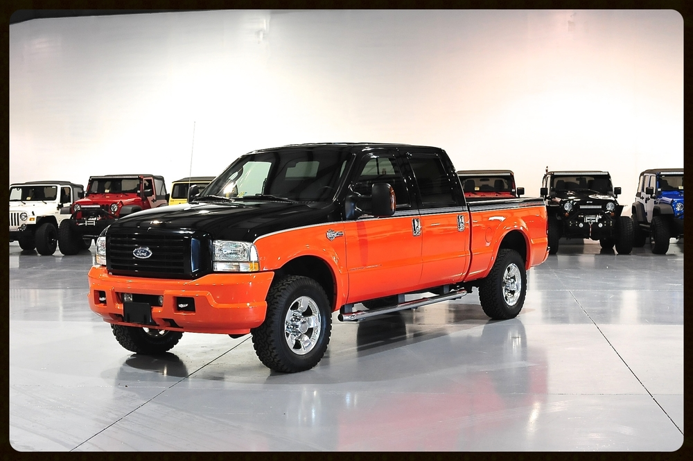 Absolutely gorgeous Harley Edition F350 with ONLY 46K Original Miles...This Truck is Flawless and Looks Like New...Nicest Harley Truck You Will Find