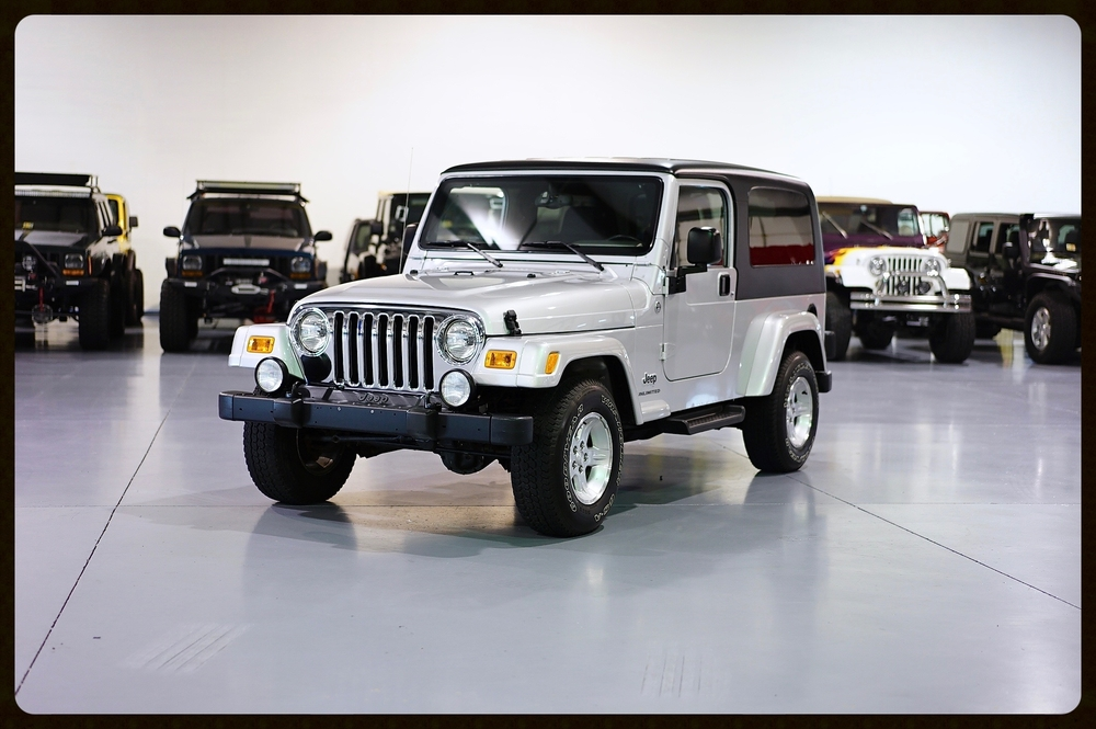 HOLY GRAIL Wrangler LJ with ONLY 17K Original Miles....This Jeep is PERFECT PERFECT PERFECT....CHECK OUT THE 4K VIDEO...CLICK HERE