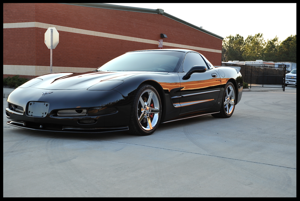 2003 Corvette...Heavily Modded C5 with a TON of cosmetic and performance upgrades. This Vette is truly is perfect condition inside and Out. Custom Interior