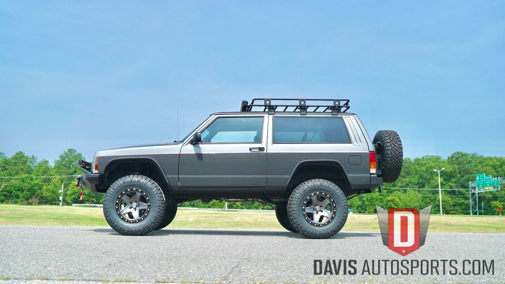 Suspension Lift Jeep Cherokee XJ.jpg