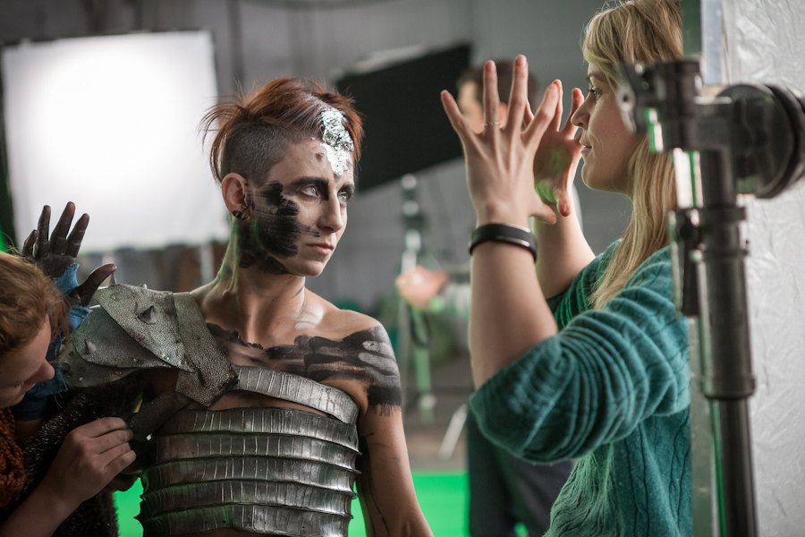 Aurora Fearnley directing Naomi Harvey in Pulsar
