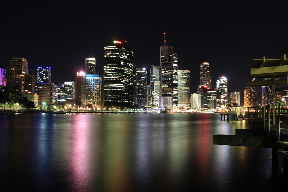 Brisbane at night, from Kangaroo Point - @lauriecrayston