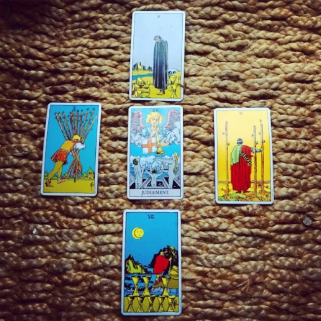 Tarot Reading to Move Forward — Self Care With Gracy