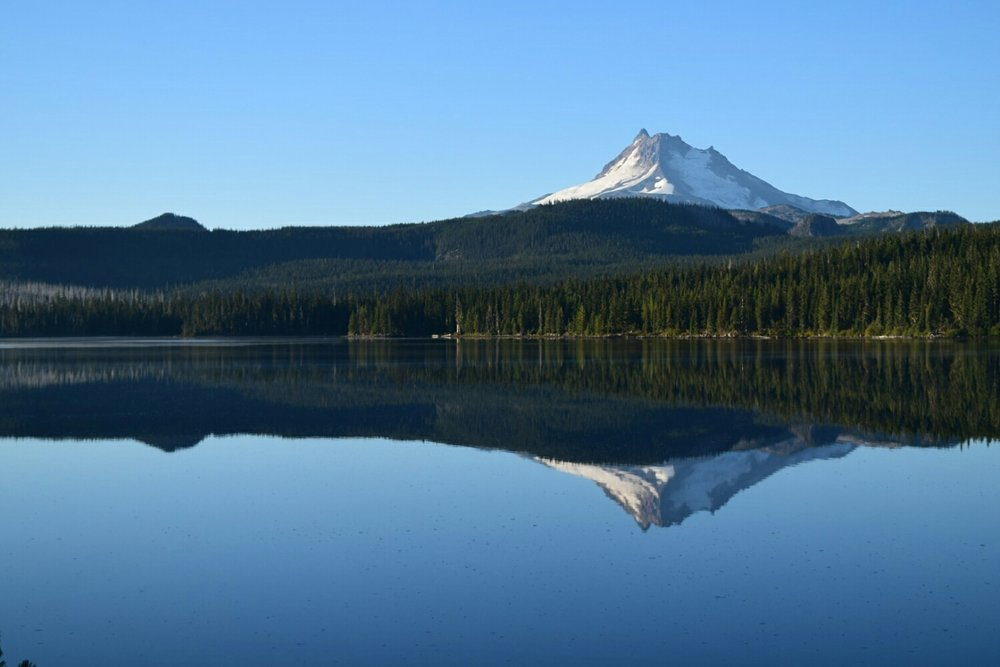 Mt. Jefferson, as seen from Olallie Lake, Oregon.